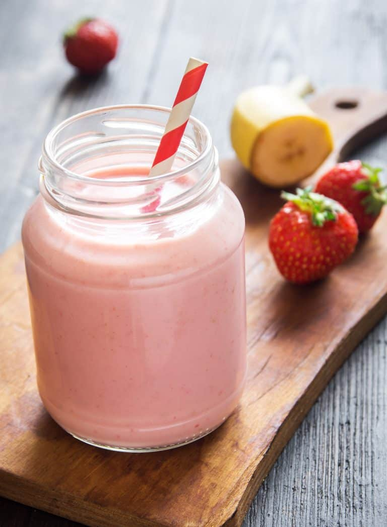 Low Protein Banana Berry Smoothie