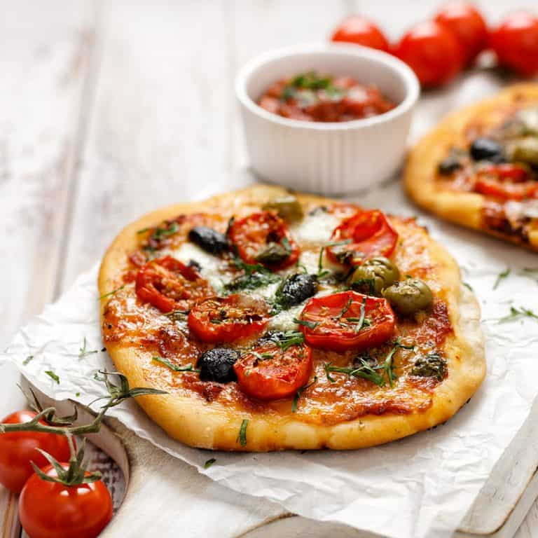 Low Protein Garlic And Sundried Tomato Pizza