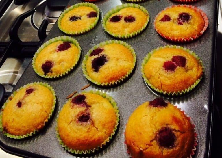 Raspberry_apple muffins